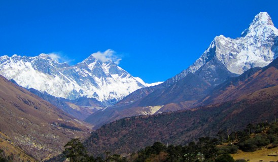Everest - Ama Dablam Base Camp & Chitwan National Park