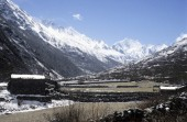 Langtang vallery and langshisa ri in the background.jpg