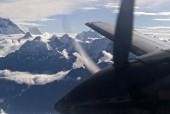 everest mountain flight 2.jpg