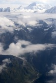 Dudha Kosi valley and Everst from air.jpg